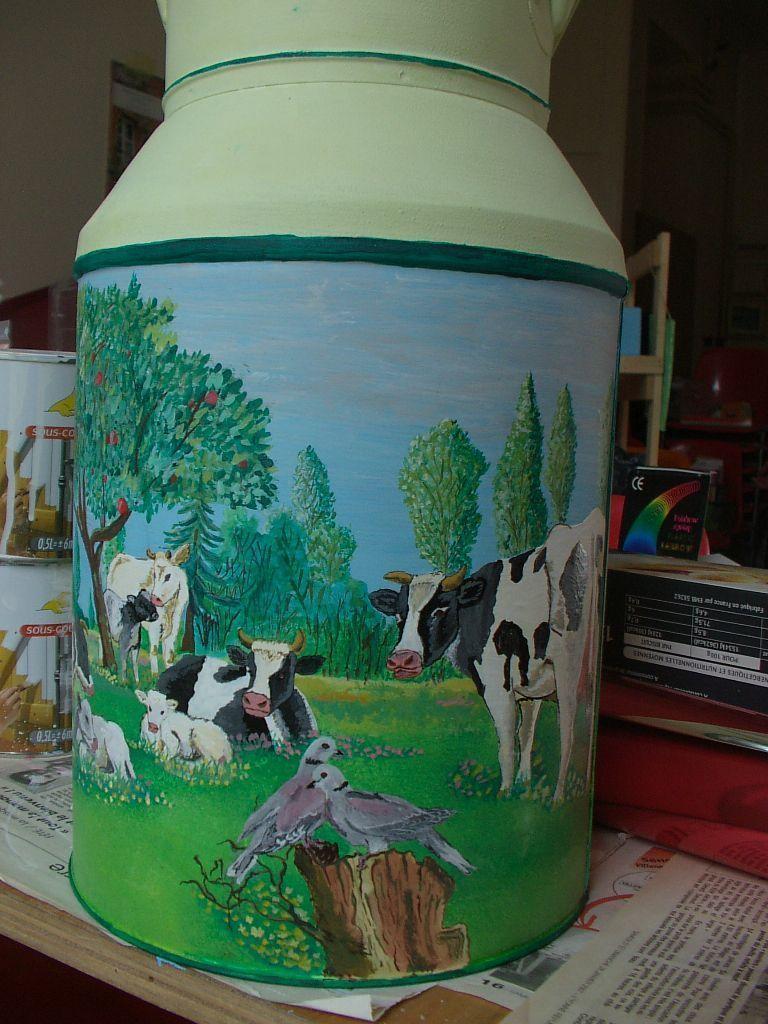 Pot lait champ de vaches - Comment ouvrir un pot de peinture ...